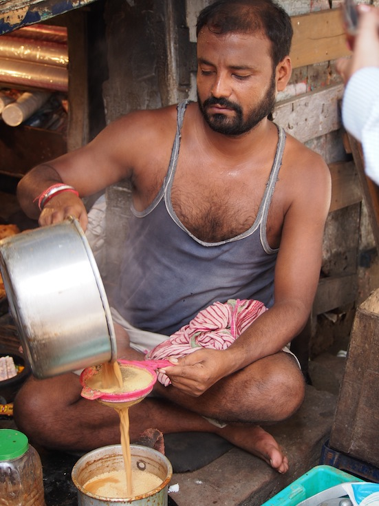 Chai Tea in Kolkata, Brewing Chai on the Street, Indian Chai