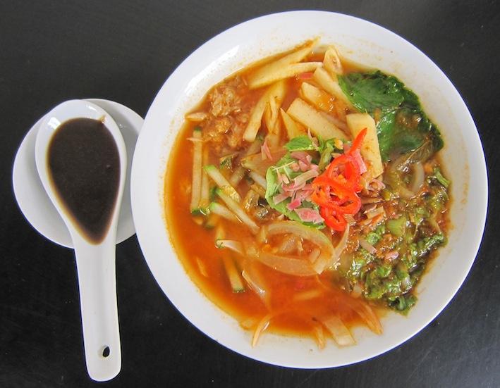 Assam Laksa Guan Seang Cafe, Helen & Chew Guan Seang Cafe Armenian St Penang, Old Bicycles Guan Seang Cafe af